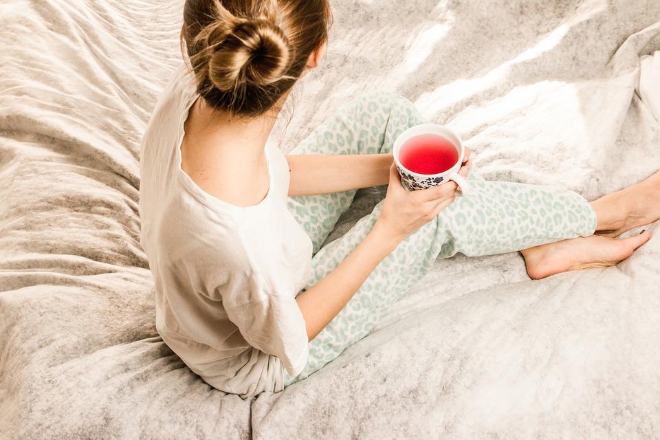 morning-girl-2715280_960_720